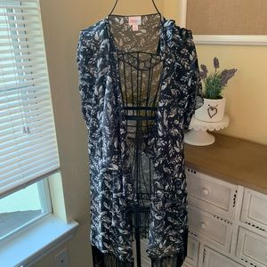 LuLaRoe Small Monroe Waterfall Kimono with Fringe